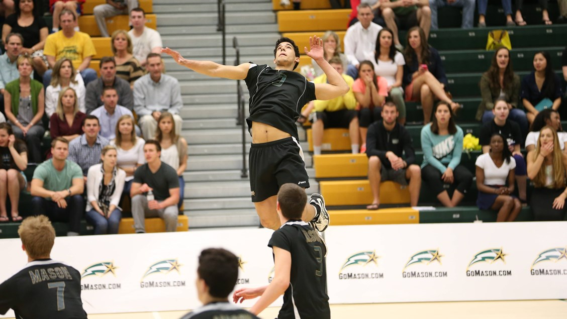 Men's Volleyball Defeats #14 Princeton